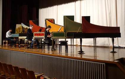 Finalists warming up at the 25th Early Music Contest, Yamanashi Kofu, Japan 2012 38K jpeg