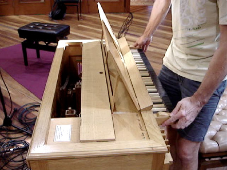 Transposing the Klop Continuo Organ 59K jpeg