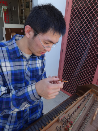 Weicong Li at the old Sperrhake harpsichord 62K jpeg